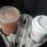 Photo taken at Dunkin Donuts by PoMiFoS on 6/19/2013