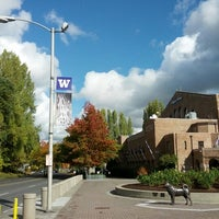 Photo taken at Alaska Airlines Arena by DRB on 10/21/2012