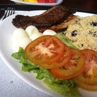Foto tirada no(a) Alameda Restaurante por Junior F. em 5/8/2013