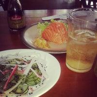 Foto tirada no(a) Maru Sushi por Adriana P. em 3/30/2014