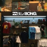 Foto tirada no(a) Billabong Store por Gregxxx em 10/9/2014