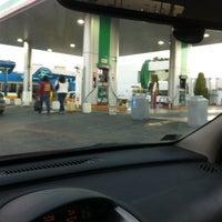 Photo taken at Gasolinera Servicio El Molino by G G. on 3/7/2014