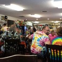 Das Foto wurde bei Tie Dye Grill von Bob B. am 7/23/2013 aufgenommen
