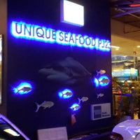Photo taken at Unique Seafood 23 Restaurant (23海鮮飯店) by giBBs0n f. on 2/2/2014
