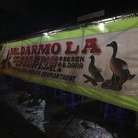 Photo taken at Bebek Darmo by Lia R. on 11/17/2016