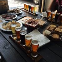 3/29/2014에 Michael님이 Timeless Pints Brewery에서 찍은 사진