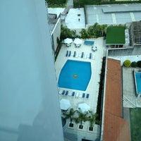 Foto tomada en Holiday Inn por Sir Chandler el 1/16/2013