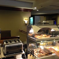 Photo taken at Holiday Inn Express Philadelphia-Midtown by Sir Chandler on 6/23/2013
