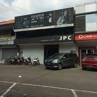 Photo taken at Jakarta Photography Centre (JPC) by Sisy H. on 10/30/2016