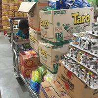 Photo taken at LotteMart Wholesale by Sisy H. on 2/26/2017