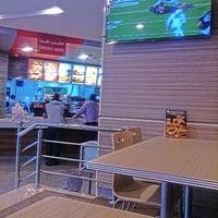 Photo taken at KFC كنتاكي by Ahmad Y. on 9/25/2014