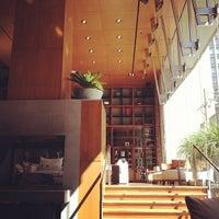Das Foto wurde bei Le Germain Hotel Toronto Mercer von Melanie P. am 9/19/2012 aufgenommen