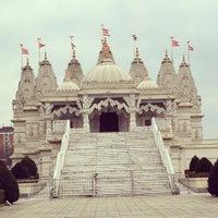 Photo taken at BAPS Shri Swaminarayan Mandir by Ana Carla C. on 3/26/2013