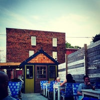 Foto tirada no(a) American Sardine Bar por Michael P. em 6/9/2013