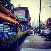 Foto tirada no(a) American Sardine Bar por Michael P. em 6/10/2013