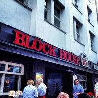 Das Foto wurde bei Block House von Tomas S. am 6/18/2013 aufgenommen