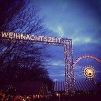 Photo taken at Berliner Weihnachtszeit am Roten Rathaus by Markus 🦂 on 12/29/2012