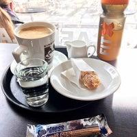 Photo taken at Einstein Kaffee by Markus 🦂 on 10/2/2016