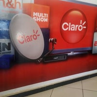 Photo taken at Claro TV by Luciano Moreira on 2/10/2014