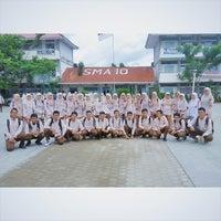 Photo taken at SMA Negeri 10 Padang by Gefry D. on 4/9/2015