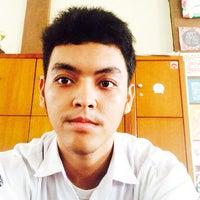 Photo taken at SMA Negeri 10 Padang by Gefry D. on 4/4/2015