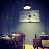 3/30/2014 tarihinde Tuğba Ç.ziyaretçi tarafından 180° Coffee Bakery'de çekilen fotoğraf