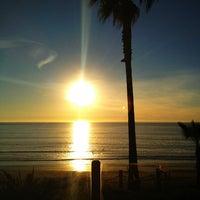Foto tomada en Pacific Terrace Hotel por Kathleen M. el 1/19/2013