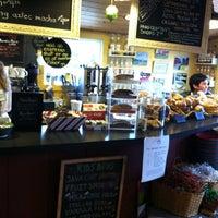 Photo taken at Ashlawn Farm Coffee by Chris D. on 12/1/2012