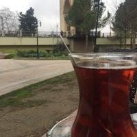 2/25/2018 tarihinde Turgay A.ziyaretçi tarafından Emirgan Kafe'de çekilen fotoğraf