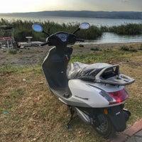 Photo taken at Uzunkum Yürüyüş Yolu by Recep D. on 9/15/2018