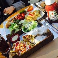 2/21/2015 tarihinde Tuğba Y.ziyaretçi tarafından Merdiven Cafe & Restaurant'de çekilen fotoğraf