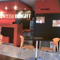 Photo taken at Bright Cafe SPBU Sukun Banyumanik by Fieha Alfi H. on 6/16/2013