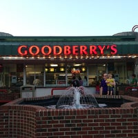 Photo taken at Goodberry's Frozen Custard by Rob L. on 7/24/2013