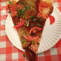 รูปภาพถ่ายที่ Mulberry Street Pizzeria โดย George Z. เมื่อ 11/24/2012