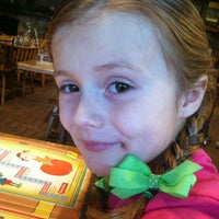 Photo taken at Cracker Barrel Old Country Store by Diane B. on 12/9/2012