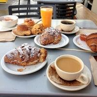 Foto tirada no(a) Tartine Bakery por Daddy F. em 10/23/2012