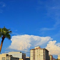 Photo taken at Courtyard Phoenix Camelback by Eric N. on 8/29/2015