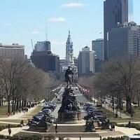 3/24/2013 tarihinde Lorrena T.ziyaretçi tarafından Philadelphia Museum of Art'de çekilen fotoğraf