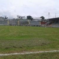 Photo taken at Estadio Municipal de Moravia Pipilo Umaña by Felipe D. on 9/14/2014