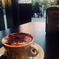 Photo taken at Cafe de Indias Coffee Shop by 지수 김. on 2/18/2015