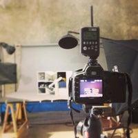 Photo taken at Public Studio - Foro Estudio de Foto y Video - by 👨🏻 Ric Ardo S. on 8/20/2013