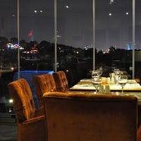 2/10/2014 tarihinde Messt Cafe & Restaurantziyaretçi tarafından Messt Cafe & Restaurant'de çekilen fotoğraf
