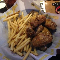 Photo taken at Buffalo Wild Wings by Dylan C. on 9/16/2014