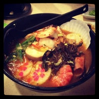Photo taken at Sakae Sushi by Lai Mun on 10/22/2012