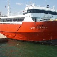 Photo taken at oz kaptan gemisi avsa tekirdag by Samet A. on 8/28/2014