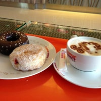 Photo taken at Dunkin' Donuts by Nazifah T. on 4/11/2013