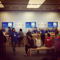 Photo taken at Apple by CY T. on 9/29/2012