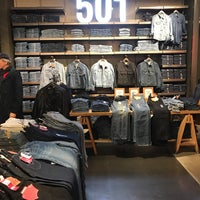 Photo taken at Levi's Store by Florian W. on 10/23/2016