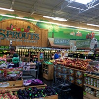 Photo taken at Sprouts Farmers Market by Riann G. on 8/9/2016