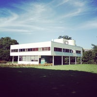 Photo taken at Villa Savoye by Winnie L. on 9/20/2012